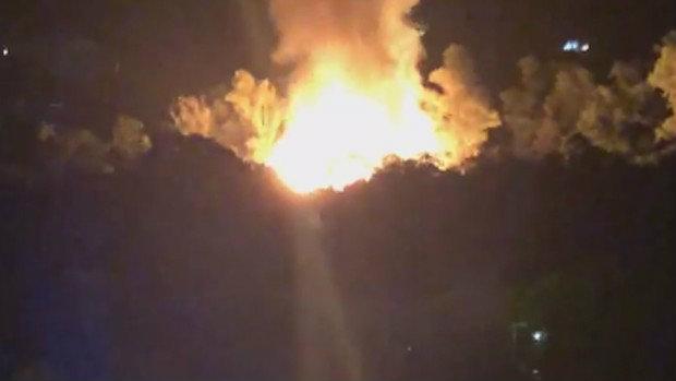 O incêndio tomou grandes proporções (Foto: Reprodução)