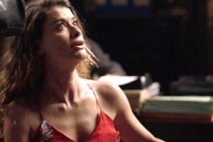 Isabel em cena da novela Espelho da Vida, da Globo (Foto: Reprodução)
