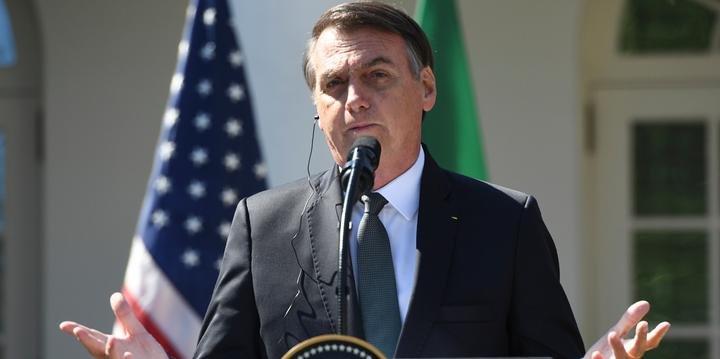 O presidente Jair Bolsonaro em coletiva de imprensa nos Estados Unidos (Foto: Reprodução)