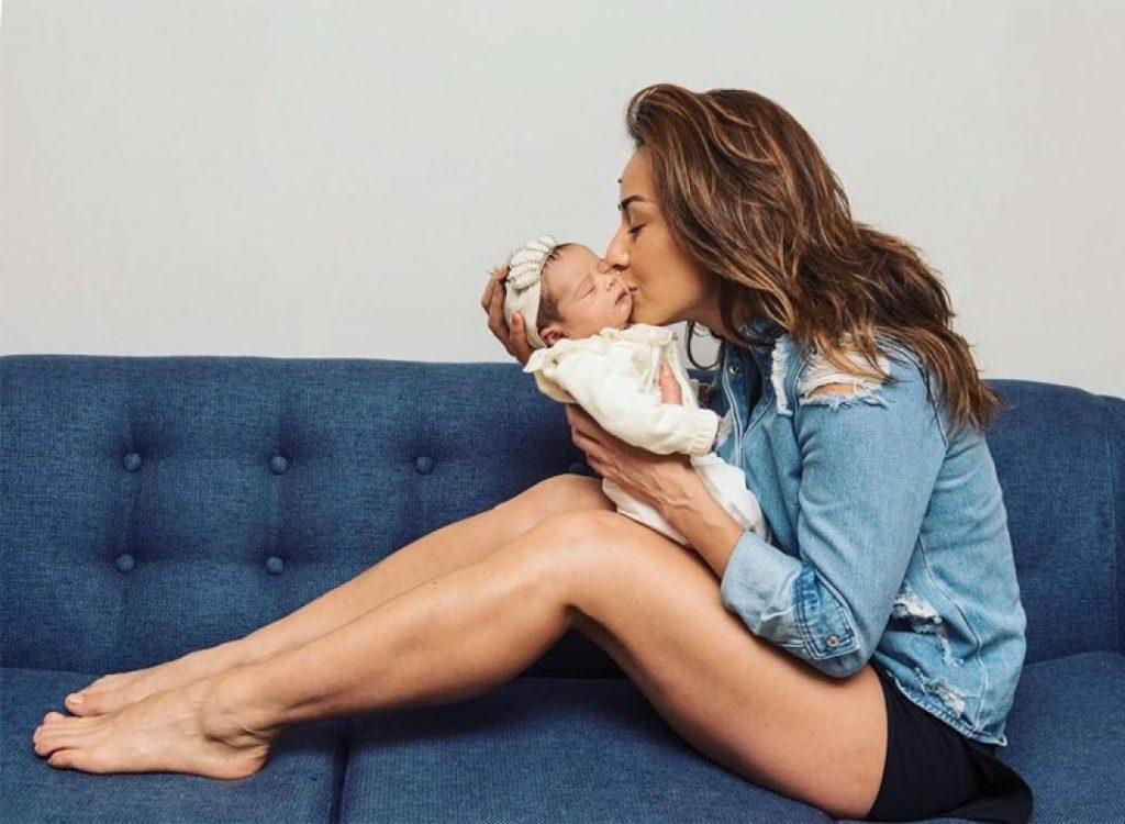 Sabrina Sato e a filha, Zoe (Foto: Reprodução)