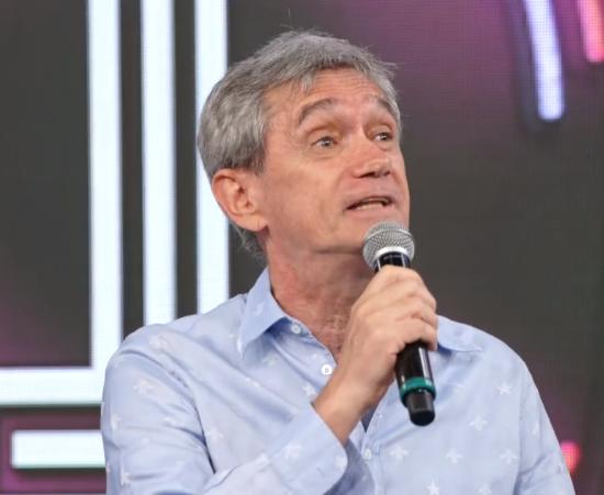 Serginho Groisman durante participação no Domingão do Faustão (Foto: Reprodução/Globo)