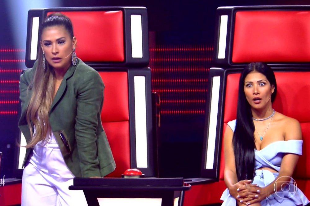 Simone e Simaria no comando do The Voice Kids (Foto: Reprodução/ Globo)