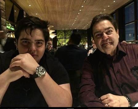 Faustão e seu filho, João Guilherme (Foto: Divulgação)