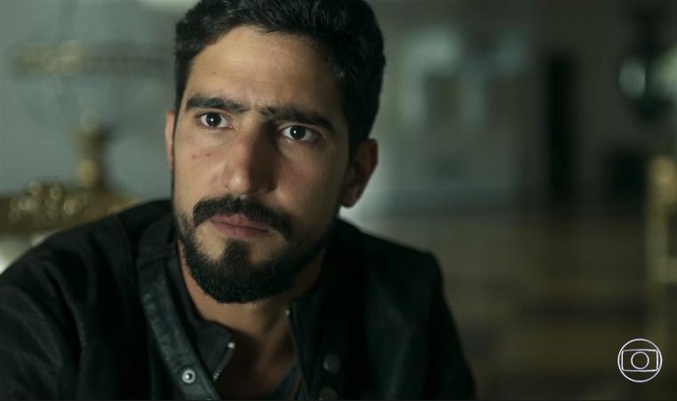 Jamil (Renato Góes) em cena de Órfãos da Terra (Foto: Reprodução/Globo)