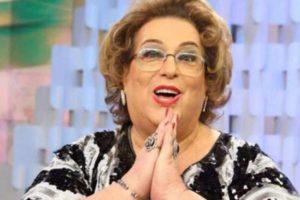 A famosa atriz e ex-apresentadora do Fofocalizando do SBT, Mamma Bruschetta falou sobre o seu acidente doméstico (Foto: Reprodução)