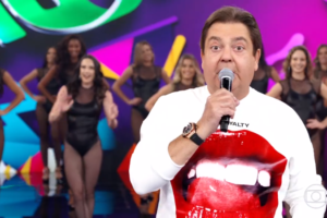 Fausto Silva no comando do Domingão do Faustão (Foto: Reprodução/Globo)