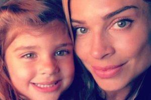 Grazi Massafera e a filha, Sofia (Foto: Rerodução)