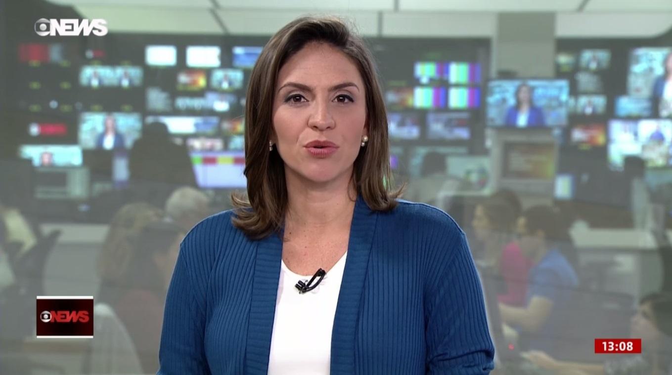 Cecilia Flesch se posiciona (Foto: Reprodução)