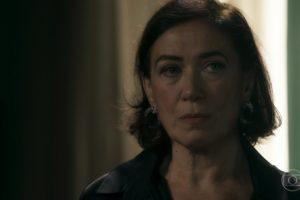 Lília Cabral (Valentina) em cena de O Sétimo Guardião (Foto: Reprodução/Globo)