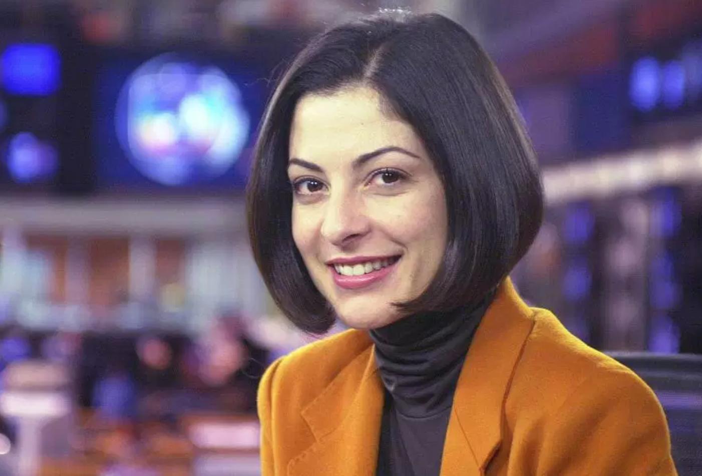 Em 2004, Silvio Santos tirava Ana Paula Padrão da Globo e levava para o SBT (Foto montagem)
