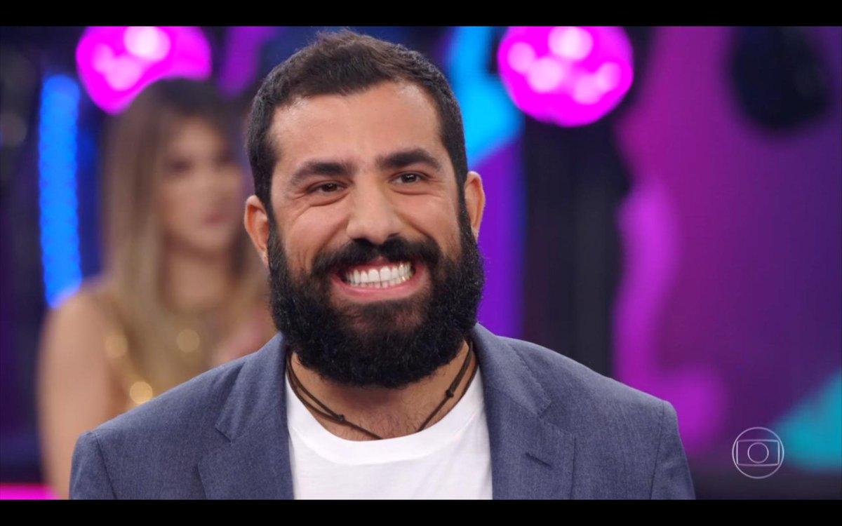 Kaysar Dadour esteve no palco do Domingão do Faustão e contou sua emocionante história de vida (Foto: Reprodução/ Globo)