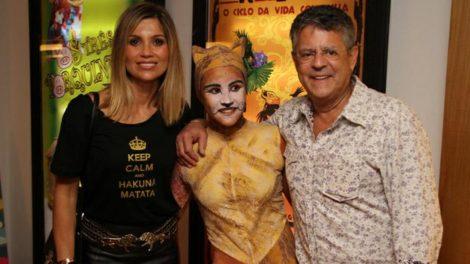Flávia Alessandra, Giulia Costa e Marcos Paulo (Foto: Daniel Delmiro/AgNews)