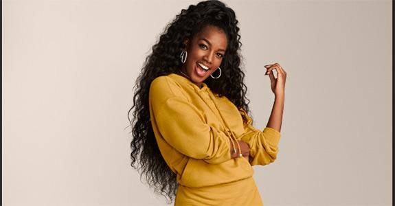 Iza está ganhando grande destaque é pode substituir Carlinhos Brown no comando do The Voice Brasil na Globo