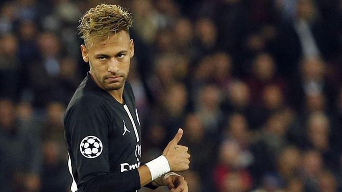 Indiretamente, Neymar defendeu o humorista Danilo Gentili (Foto: Thibault Camus) France Soccer Champions League)