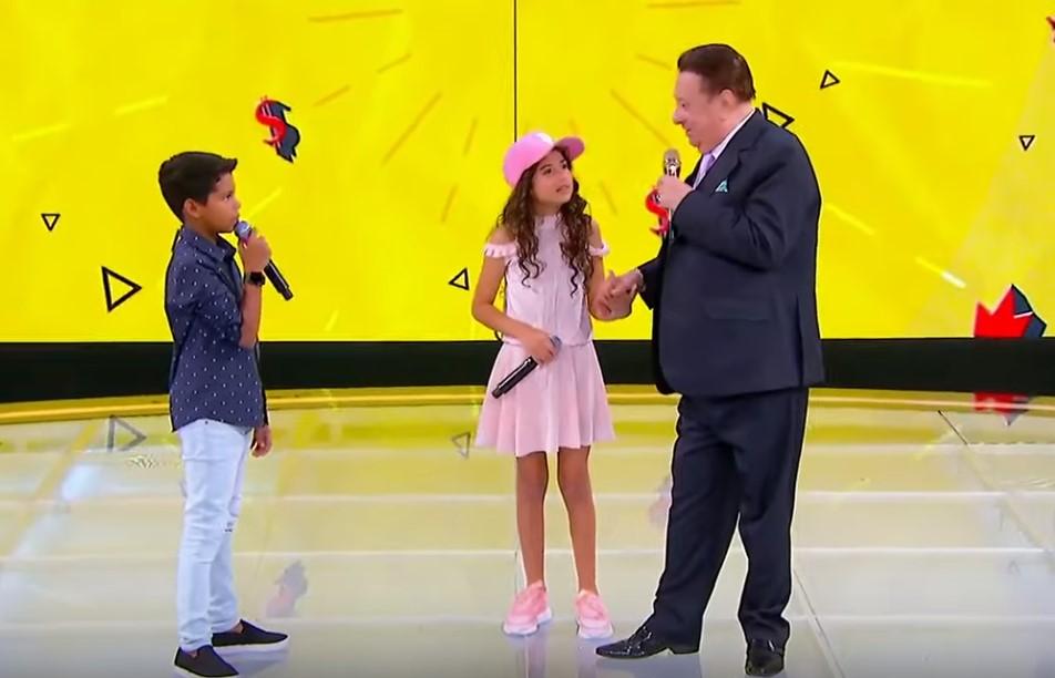 Raul Gil coloca crianças pra dankar funk e causa revolta (Foto: Reprodução)