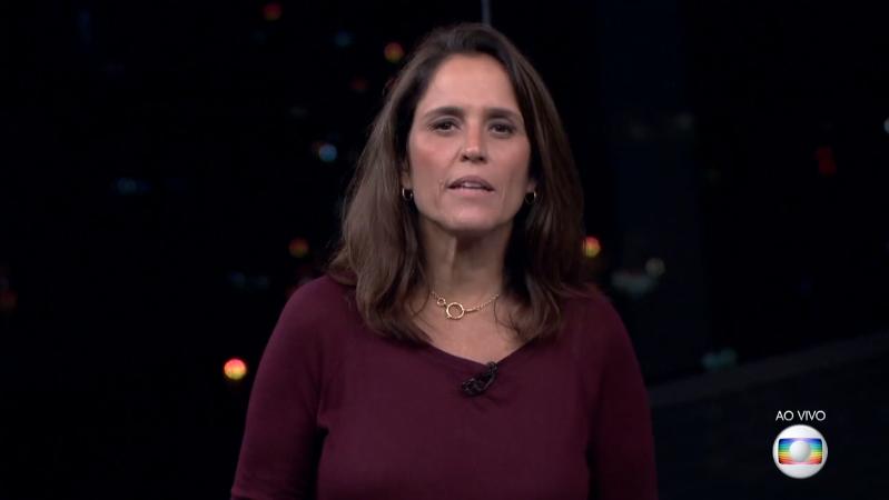 A apresentadora Ana Luíza Guimarães no comando do RJ2 (Foto: Reprodução/Globo)