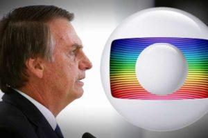O presidente Jair Bolsonaro é conhecido por sua rivalidade com a Globo (Foto: Reprodução/Montagem)