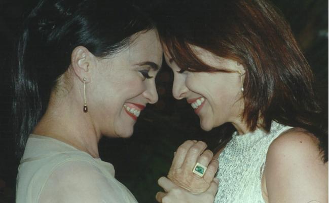 Regina Duarte (Helena) e Gabriela Duarte (Maria Eduarda) em Por Amor (Foto: Nelson Di Rago/Globo)