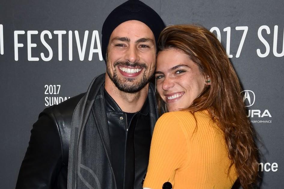 Cauã Reymond e Mariana Goldfarb são casados desde o mês de maio (Foto: Reprodução/Instagram)
