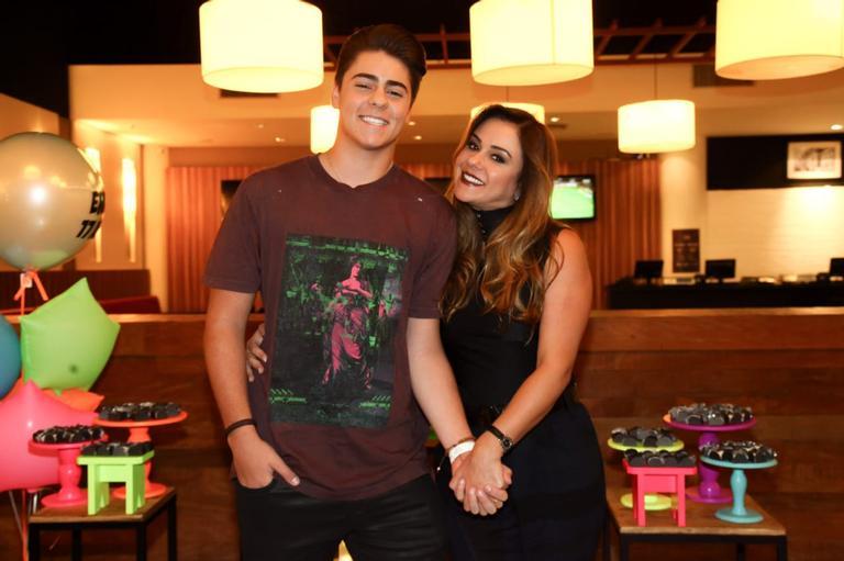 Enrico e Márcia Alves, filho e esposa respectivamente de Chitãozinho (Foto: Reprodução/ Instagram)