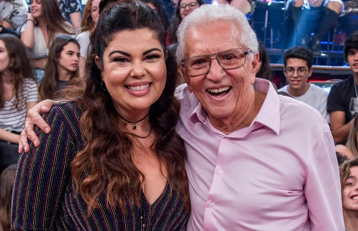 Fabiana Karla e Carlos Alberto de Nóbrega no Altas Horas, da Globo (Foto: Reprodução)