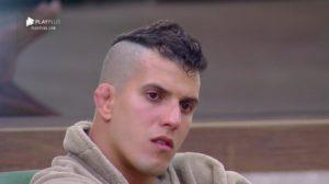 Felipe Sertanejo ao que parece ainda não recebeu o prêmio que ganhou em A Fazenda (Foto: RecordTV)