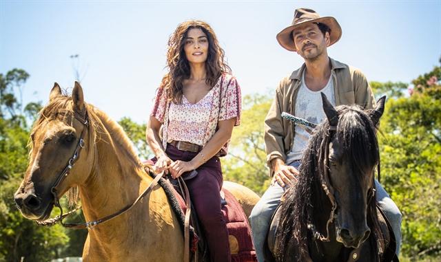 Maria da Paz (Juliana Paes) e Amadeu (Marcos Palmeira) em A Dona do Pedaço (Foto: Globo/João Miguel Junior)
