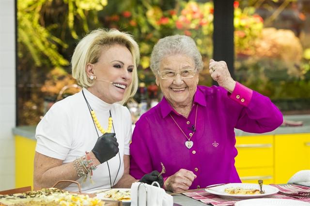 Ana Maria Braga recebe Palmirinha no Mais Você (Foto: Globo/João Cotta)