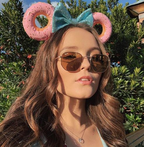 A atriz e cantora Larissa Manoela tem 18 anos. (Foto: Reprodução/Instagram)