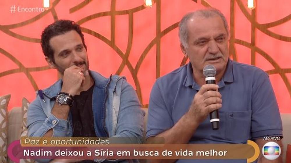 Harfouch se emocionou com o pai na Globo (Foto: Reprodução)