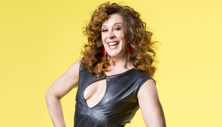 A famosa atriz da Globo que está na novela Verão 90, Claudia Raia (Foto: Divulgação/TV Globo)
