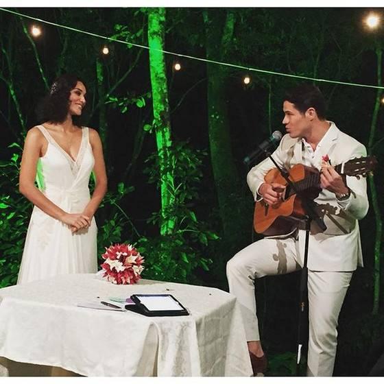 José Loreto e Debora Nascimento se casaram de surpresa Foto: Reprodução