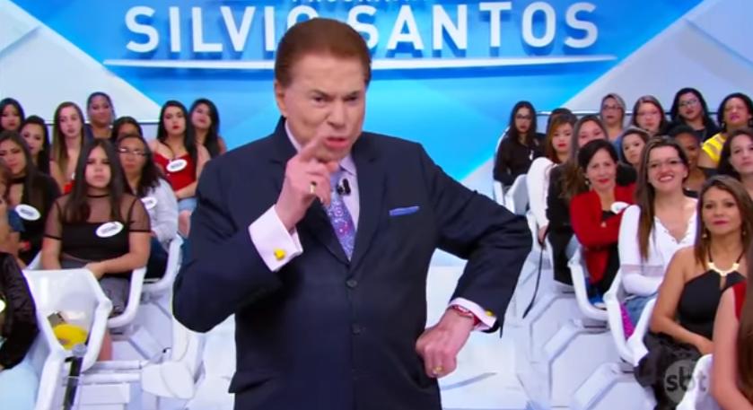 O apresentador Silvio Santos alfineta o Faustão. (Foto: Reprodução)