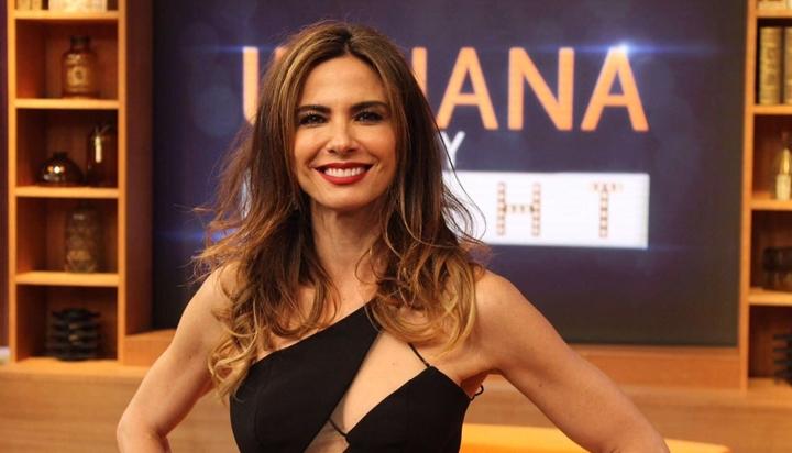 Luciana Gimenez comanda o Luciana by Night na RedeTV!. (Foto: Divulgação)