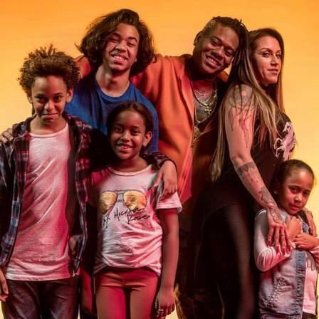 MC Sapão e os filhos (Foto: Reprodução)
