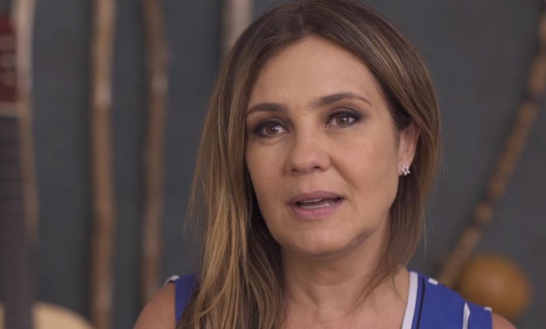 """Adriana Esteves ganhou o prêmio de melhor atriz coadjuvante por """"Benzinho"""" (Foto: Reprodução)"""