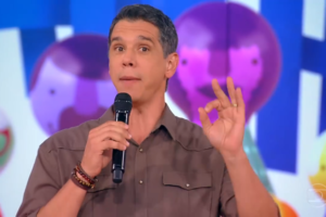 O apresentador Marcio Garcia no Tamanho Família (Foto: Reprodução/Globo)