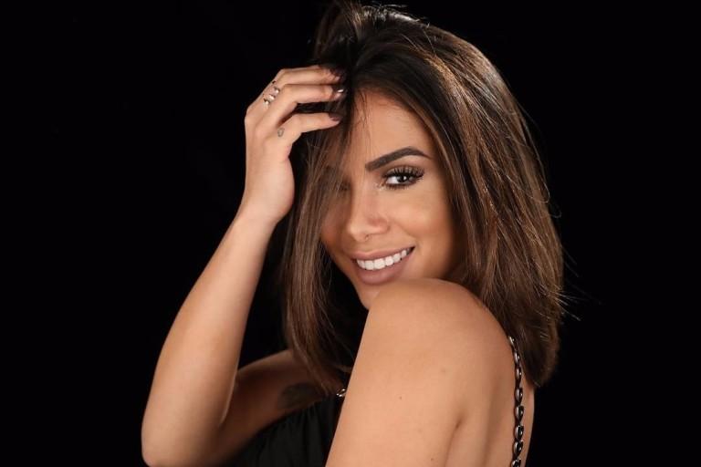 Anitta apareceu em foto com Marina Morena e chocou pela semelhança (Foto: Reprodução)