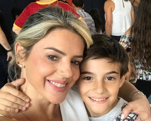 Mari Alexandre e o filho Záio Alexandre, fruto do relacionamento com Fábio Júnior (Foto: Reprodução)