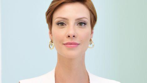 Camila Rodrigues dará vida a Sophia na novela moderna Topíssima da Record