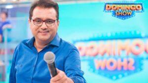 Geraldo Luís comanda o Domingo Show na Record (Foto: Reprodução)