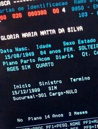 Documento com a suposta data de nascimento de Gloria Maria (Reprodução/Instagram)