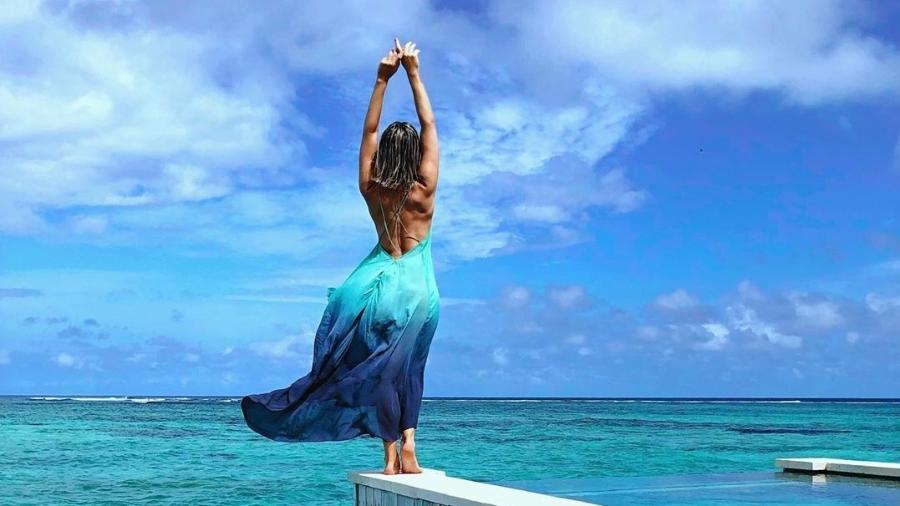 Giovanna Ewbank posa em hotel no qual está de férias nas Maldivas Imagem: Reprodução/Instagram