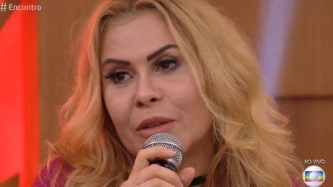 Joelma se mostrou séria em foto ao lado de ex-suposto affair de Ximbinha, Flávia Alexandrino (Foto: Divulgação)