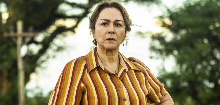 Evelina irá coagir Leandro para que ele roube Agno em A Dona do Pedaço (Imagem: Reprodução)