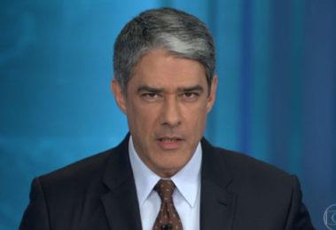 O apresentador William Bonner comeu um prato com formigas (Reprodução: TV Globo)