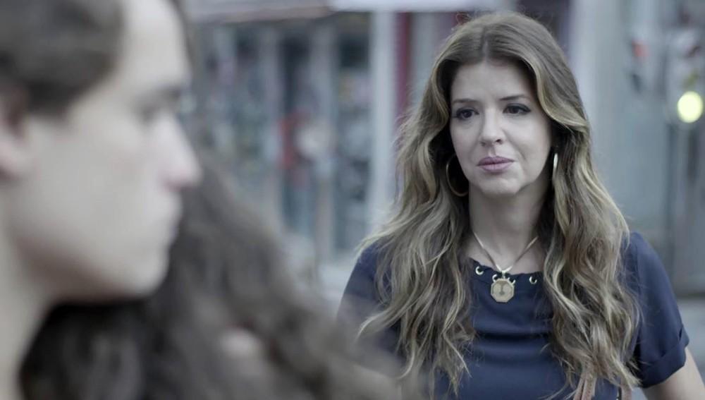 Carla (Mariana Santos) flagrará momento tenso entre Thiago (Danilo Maia) e Rita (Alanis Guillen) em Malhação Toda Forma de Amar