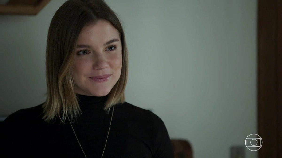 Dalila (Alice Wegmann) é a vilã de Órfãos da Terra trama das seis da Globo (Foto: Reprodução/Globo)