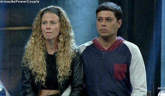 Debby Lagranha e Leandro Amieiro são eliminados do Power Couple Brasil (Foto: Reprodução)