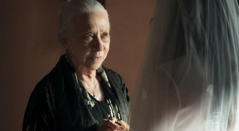 Dulce é interpretada por Fernanda Montenegro na trama das nove A Dona do Pedaço da Globo
